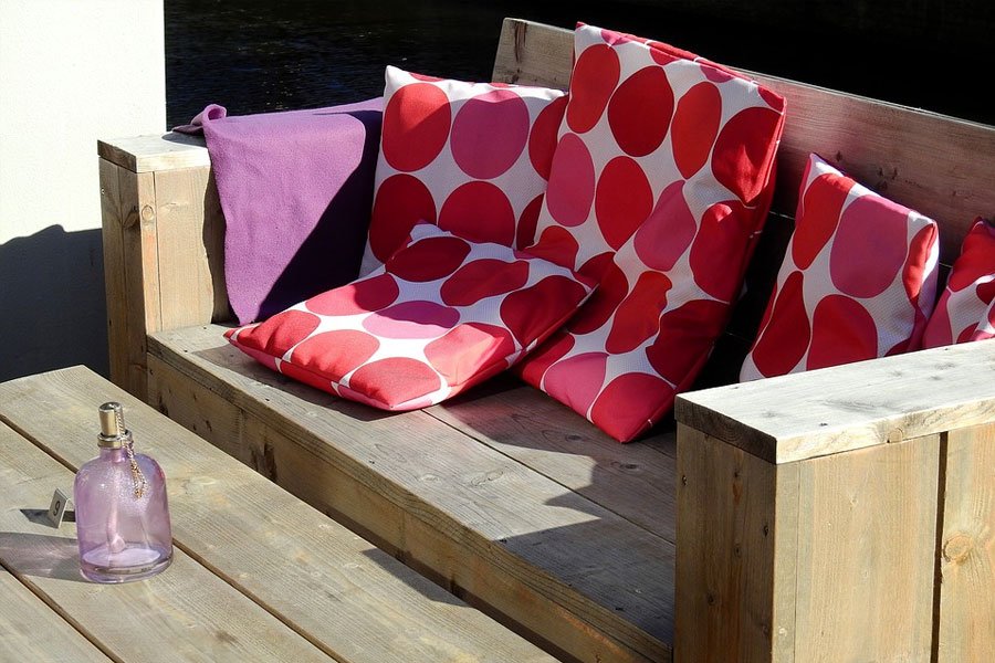 Patio pillows